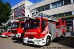 dkl-23-12/160532/dlk-2312-der-feuerwehr-koblenz-mit DLK 23/12 der Feuerwehr Koblenz mit Magirus Aufbau. Aufgenommen beim Tag der Offenen Tür der Fw Koblenz, 28.8.2011.